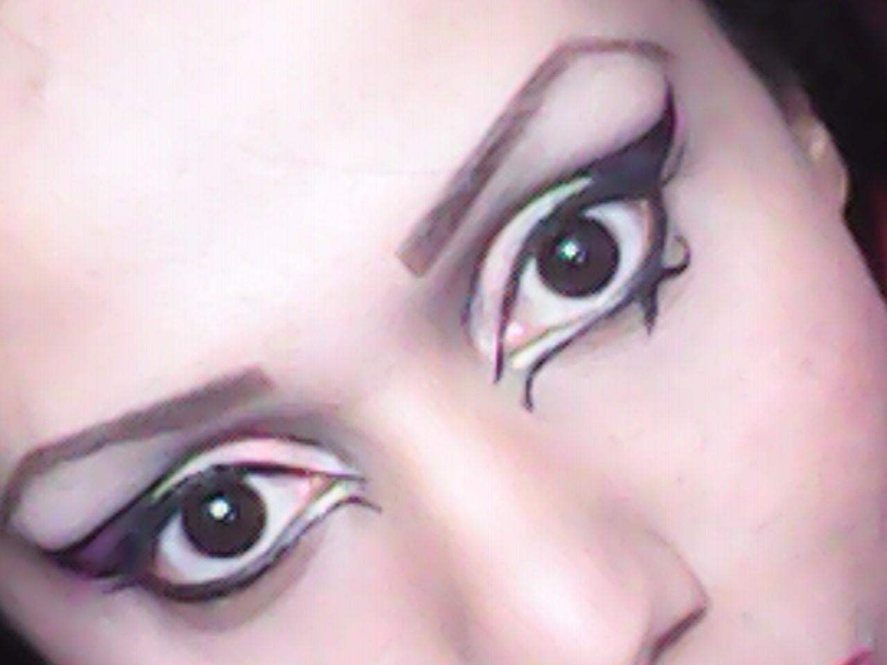 Makeup Artistitca