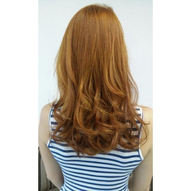 ruivo cabelo  cabeleireiro(a) maquiador(a)