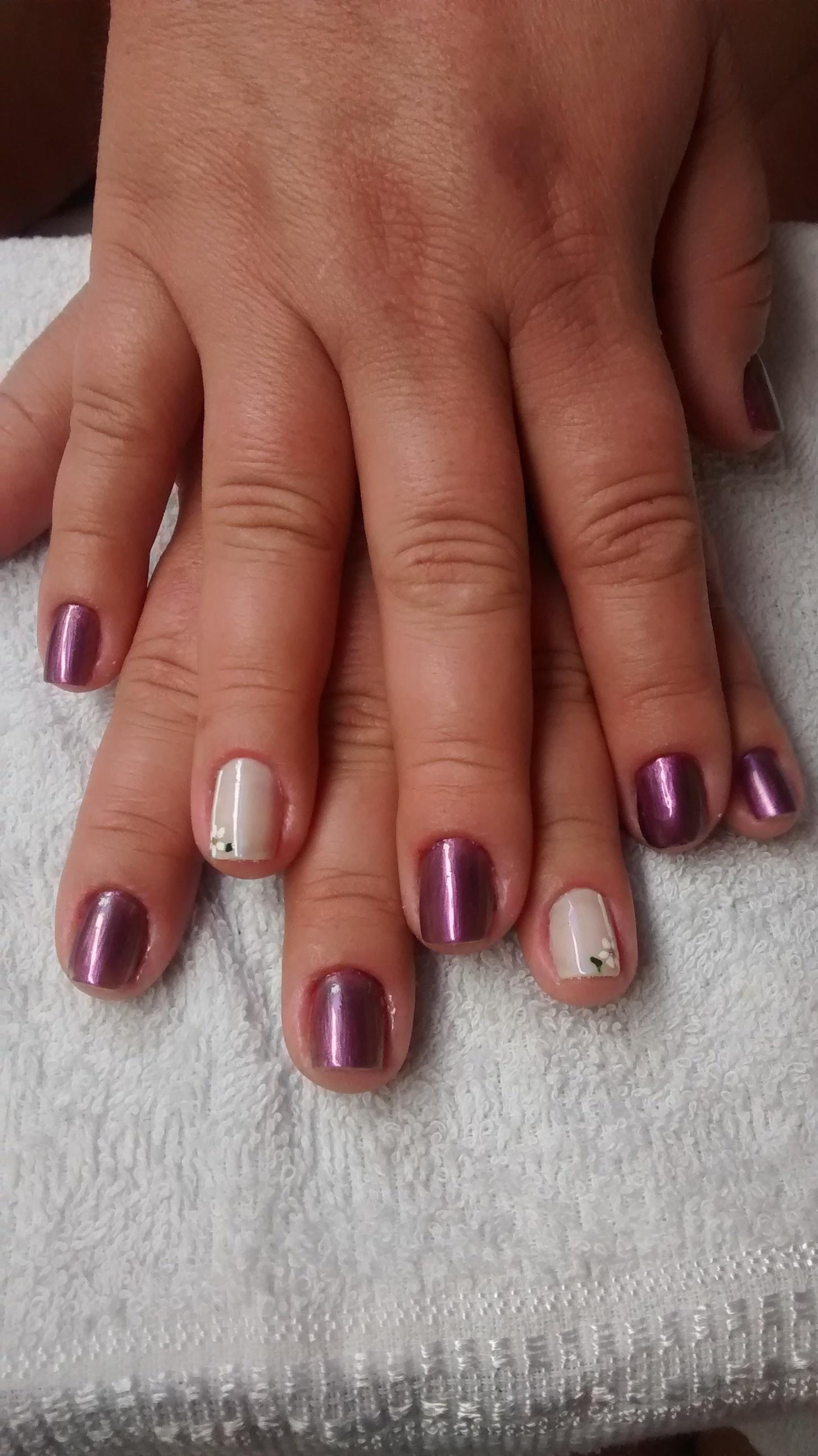 unhas de Ana Sousa manicure e pedicure
