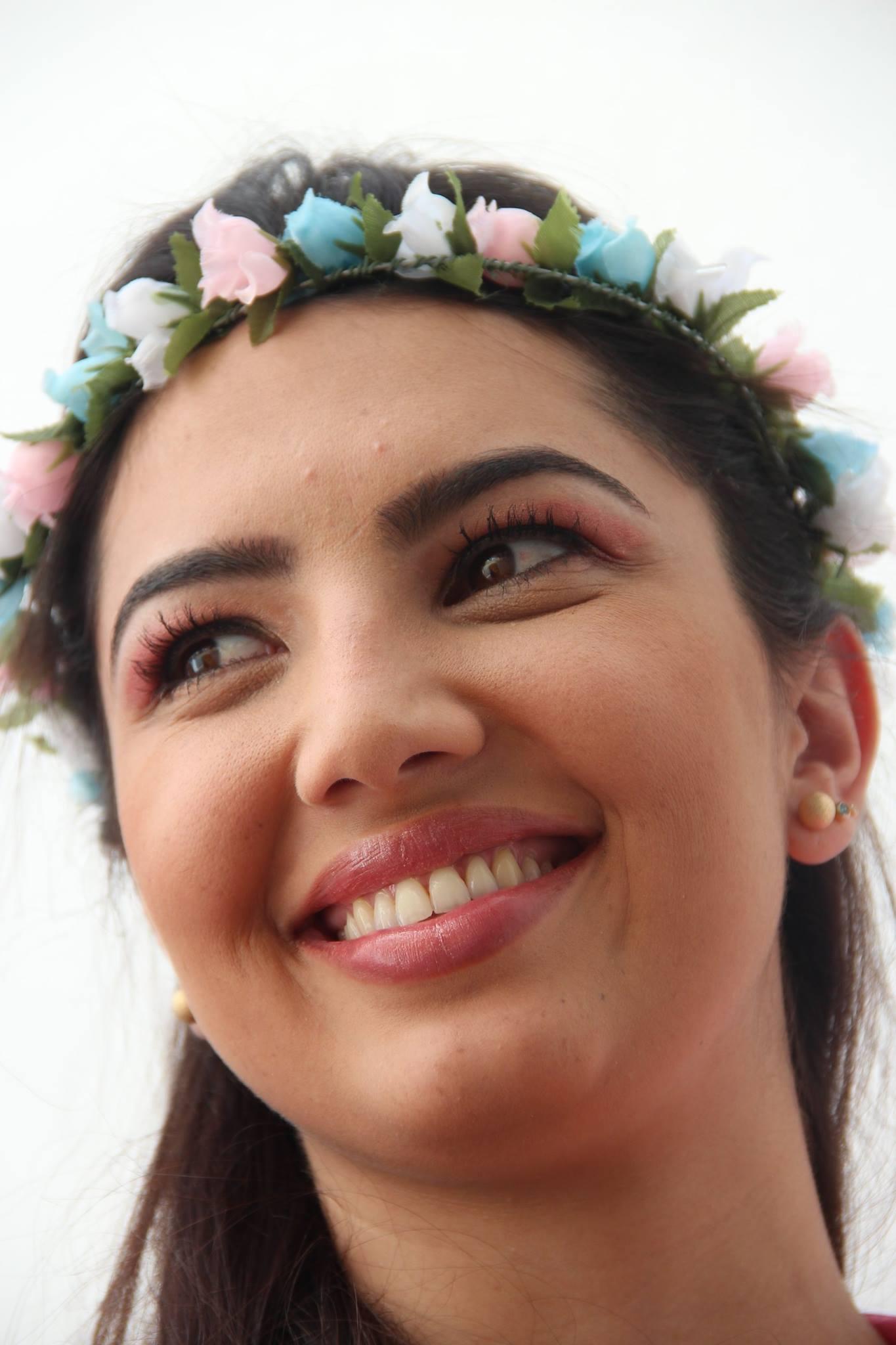 Noiva Praia maquiagem  designer de sobrancelhas maquiador(a) consultor(a) em imagem
