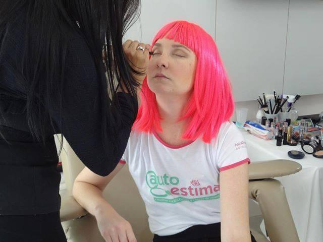 maquiador(a) designer de sobrancelhas consultor(a) em imagem