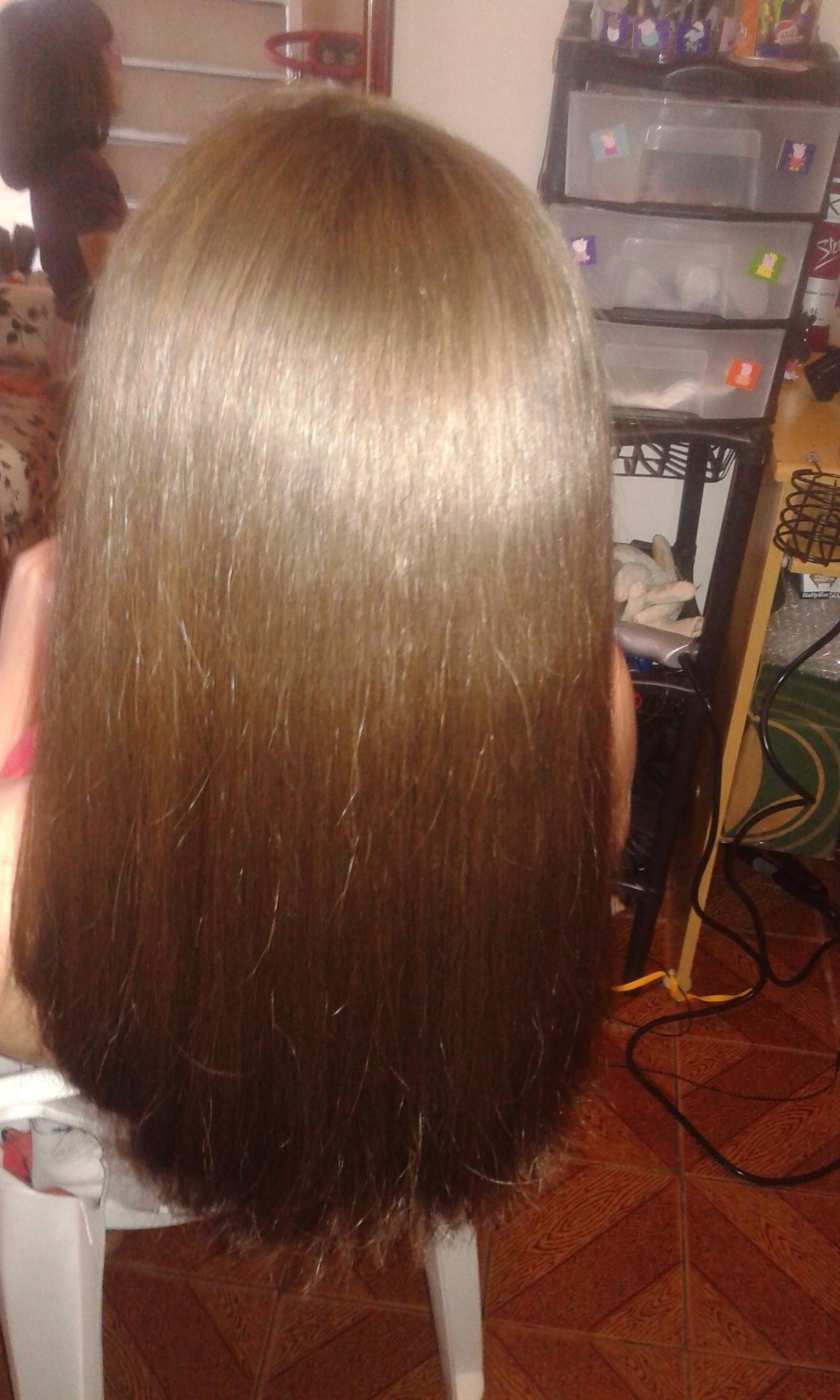 depois da progressiva - Ana Livia cabelo lavado e seco apenas com secador cabeleireiro(a)
