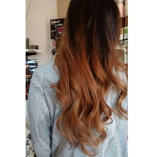ombré hair -Nozomi  cabeleireiro(a)