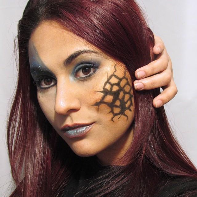 esteticista maquiador(a) depilador(a) designer de sobrancelhas docente / professor(a) escovista