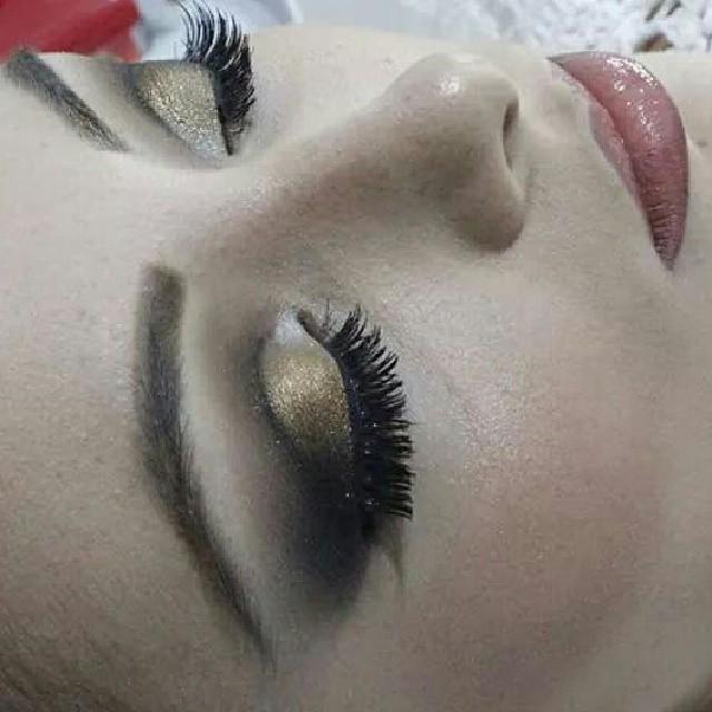 maquiagem dourado maquiagem  cabeleireiro(a)