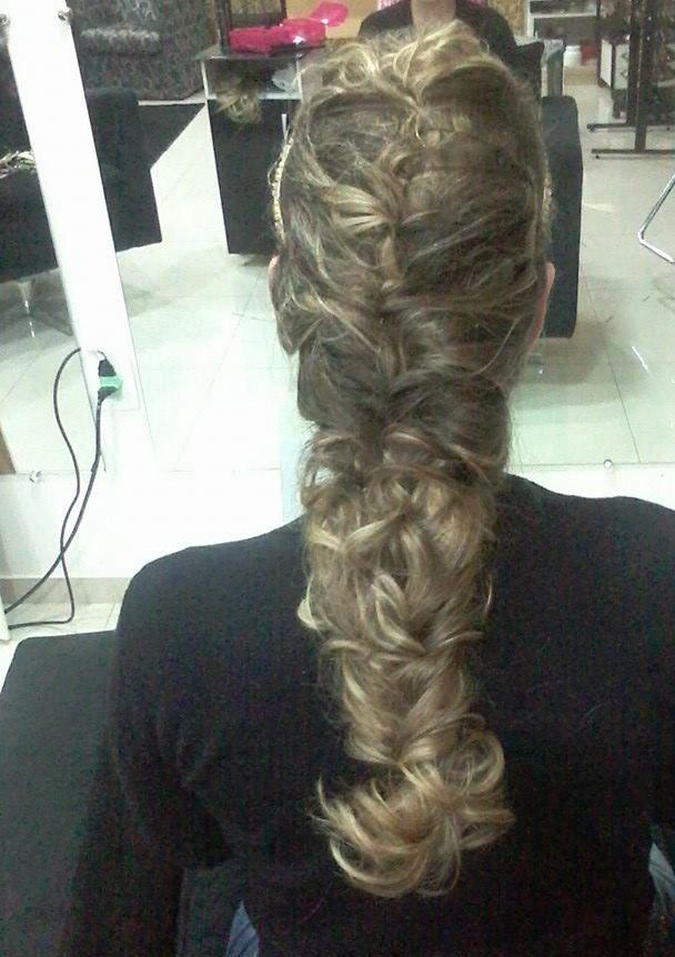 Trança Romana maquiador(a) cabeleireiro(a) depilador(a) vendedor(a) designer de sobrancelhas outros empresário(a) / dono de negócio