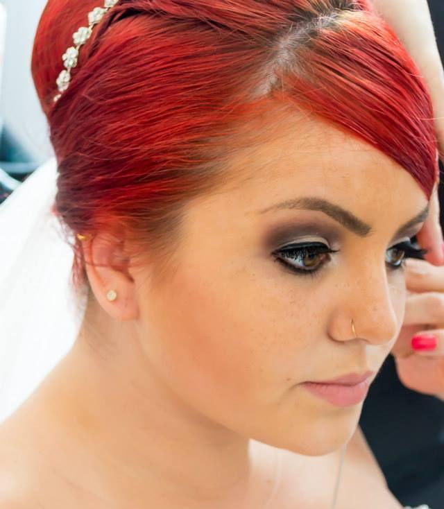 Make Noiva cabeleireiro(a) maquiador(a)