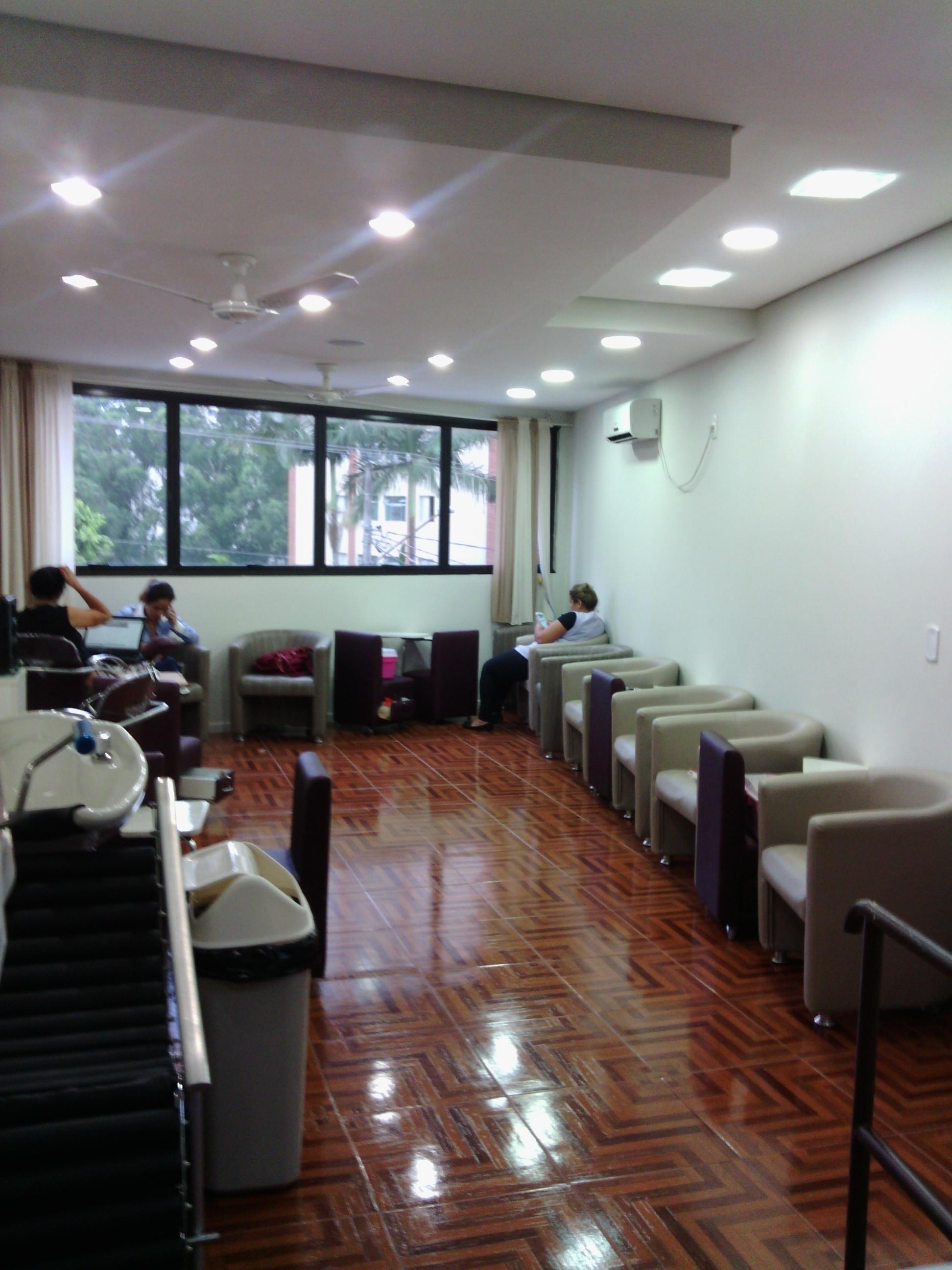 Espaço de Nossas Manicures empresário(a) / dono de negócio