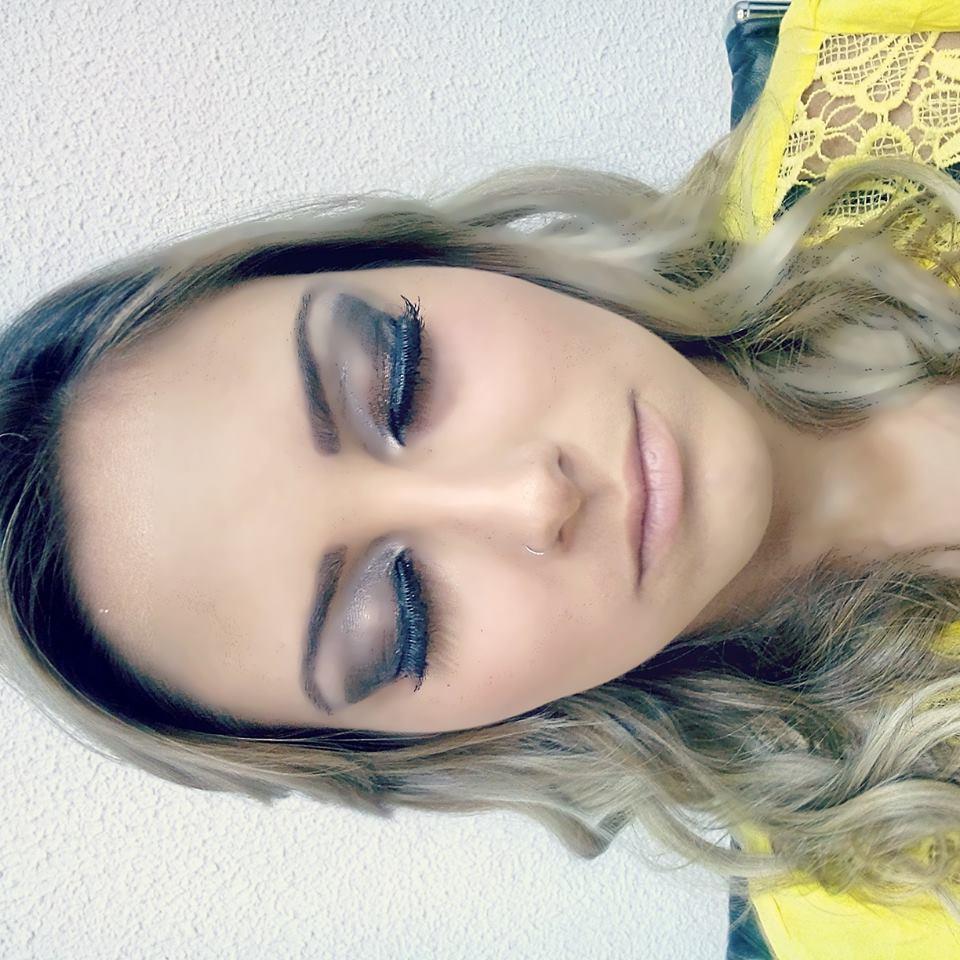 MAKE UP  simples, festa, dia, formatura maquiagem  maquiador(a) cabeleireiro(a)