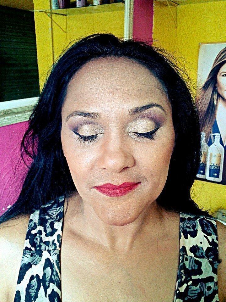 Make Pele Madura Perfect Sinkj, Cut Crease maquiador(a) auxiliar cabeleireiro(a)