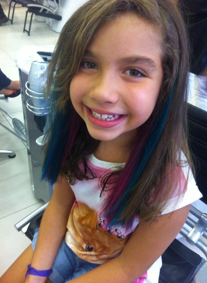 Mechas Coloridas em dois tons mechas, crianças cabelo  cabeleireiro(a) maquiador(a) micropigmentador(a)