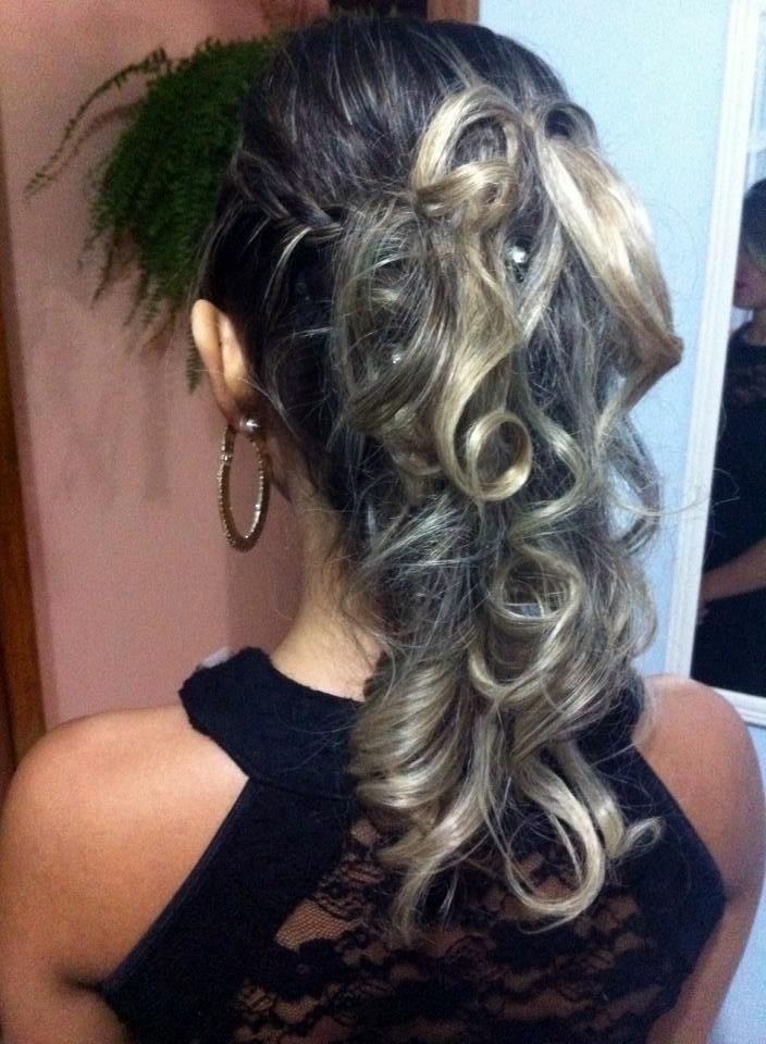 Penteado cabeleireiro(a) maquiador(a) micropigmentador(a)