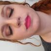Maquiagem tons terrososEsta maquiagem foi desenvolvida em tons terrosos nos olhos, o delineado preto para dar um toque a mais no olhar e na boca um tom mais rosado.