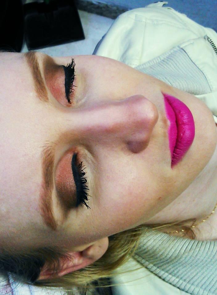 make para o dia esteticista maquiador(a) designer de sobrancelhas massoterapeuta
