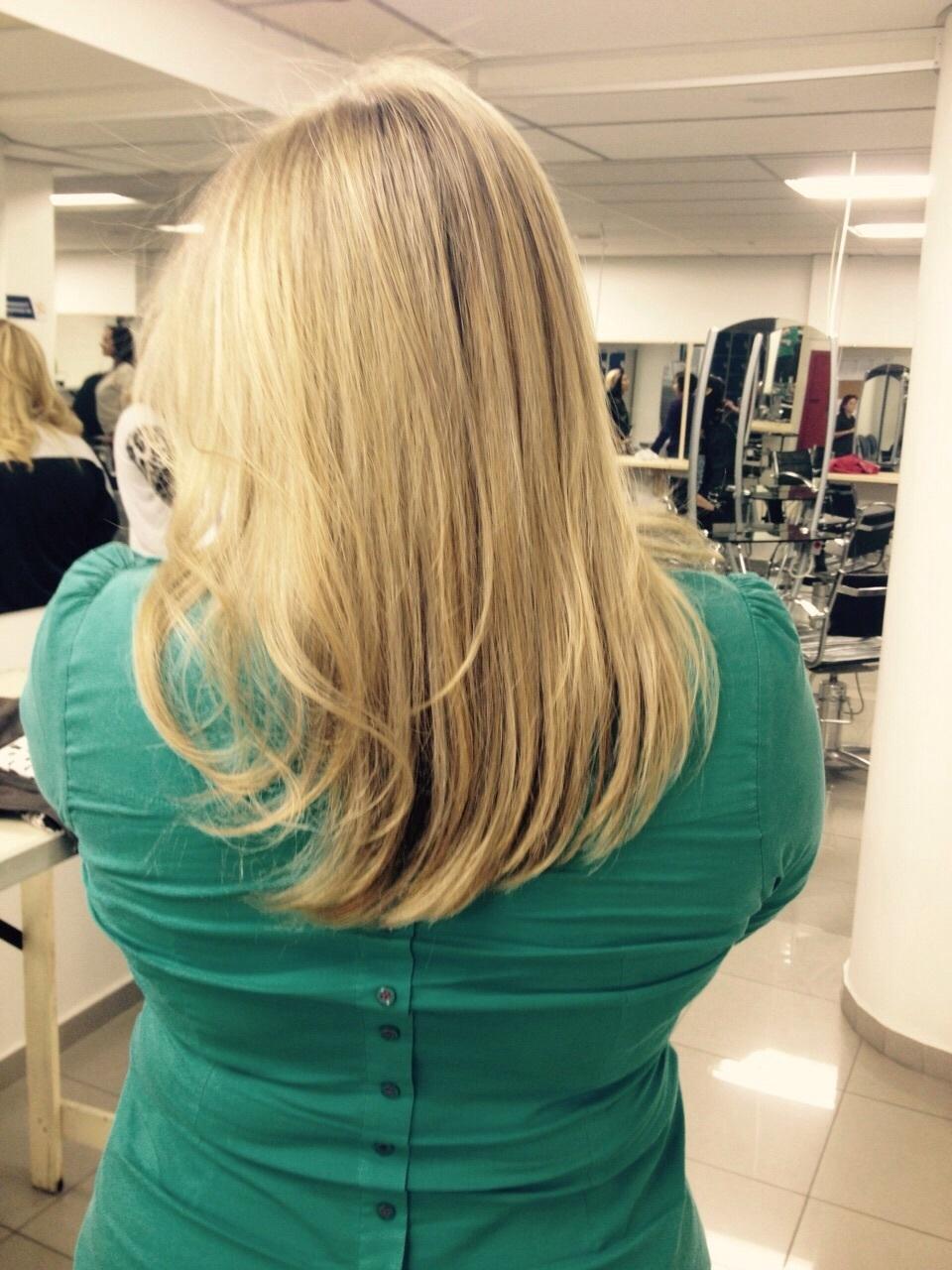 Luzes Retoque de raiz, matização e hidratação dia-a-dia cabelo  stylist / visagista