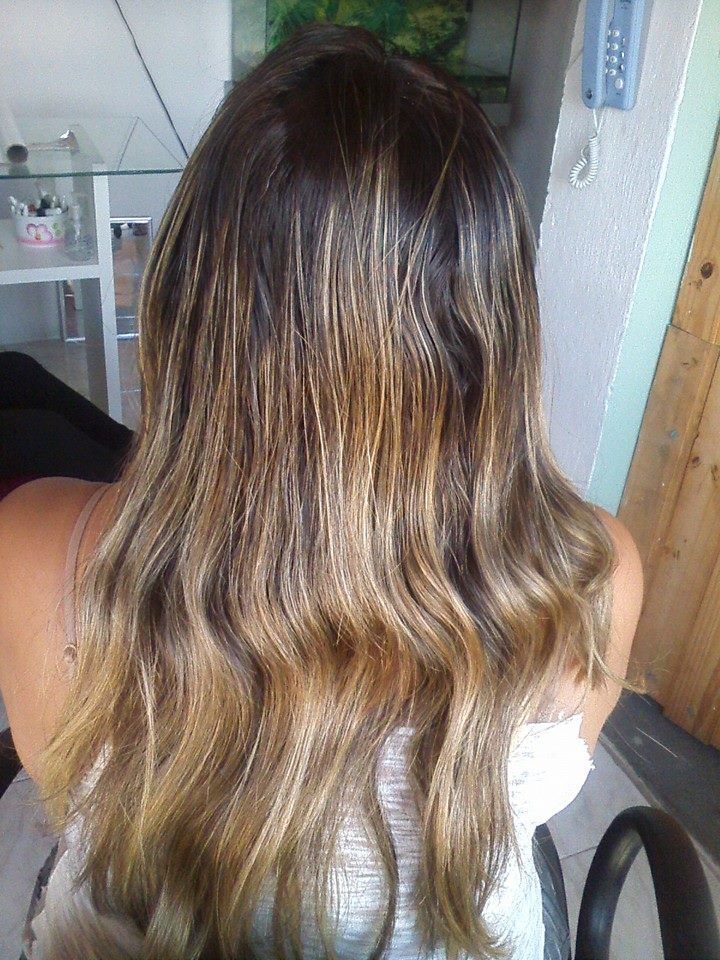 cabelo antes do retoque de luzes cabeleireiro(a) manicure e pedicure