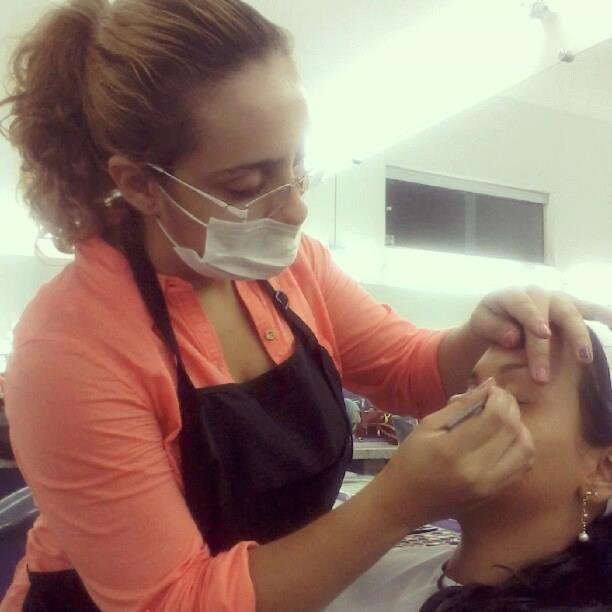 Trabalhando! maquiador(a)