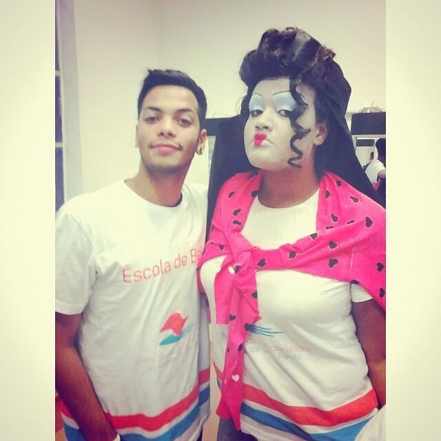Make up Artística Rainha Vermelha . maquiador(a) maquiador(a)
