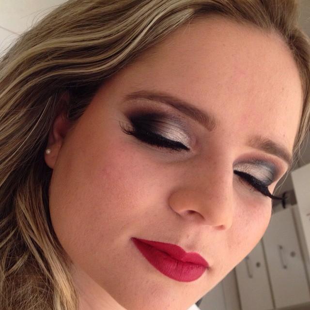 festa, casamento, balada maquiagem  esteticista maquiador(a)
