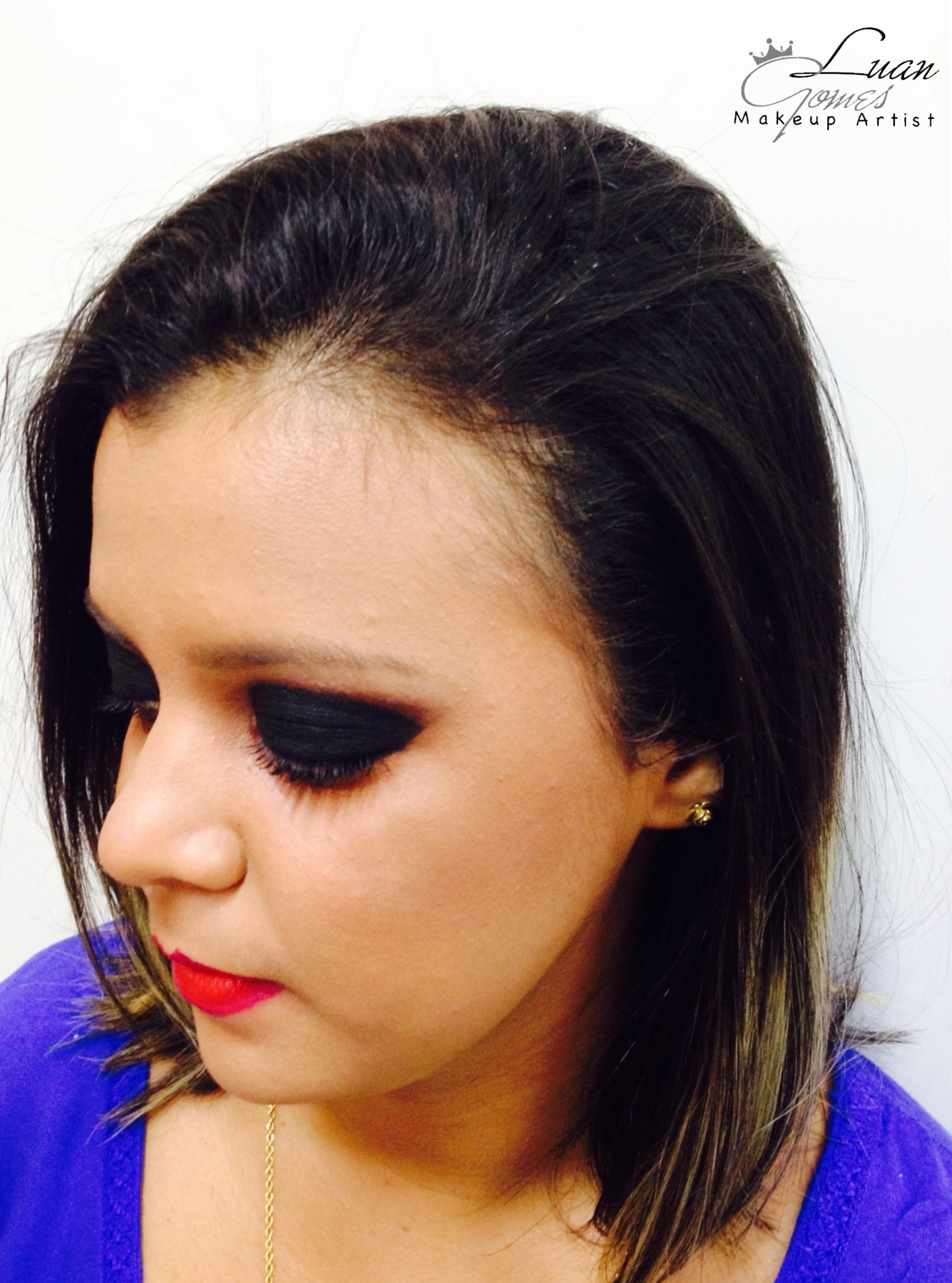 • Maquiagem Social com Pancake - Over maquiador(a)