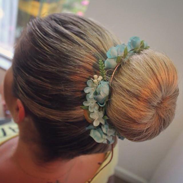 penteado, noiva, casamento, madrinha, coque cabelo  maquiador(a)