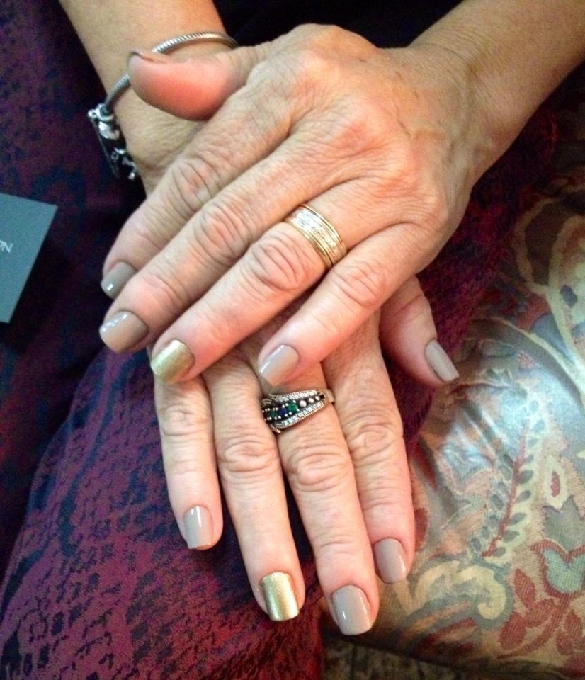 Esmaltação nude, dia-a-dia, cor de vó unhas  manicure e pedicure maquiador(a)