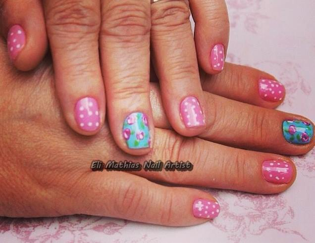 Nail Art manicure e pedicure maquiador(a)