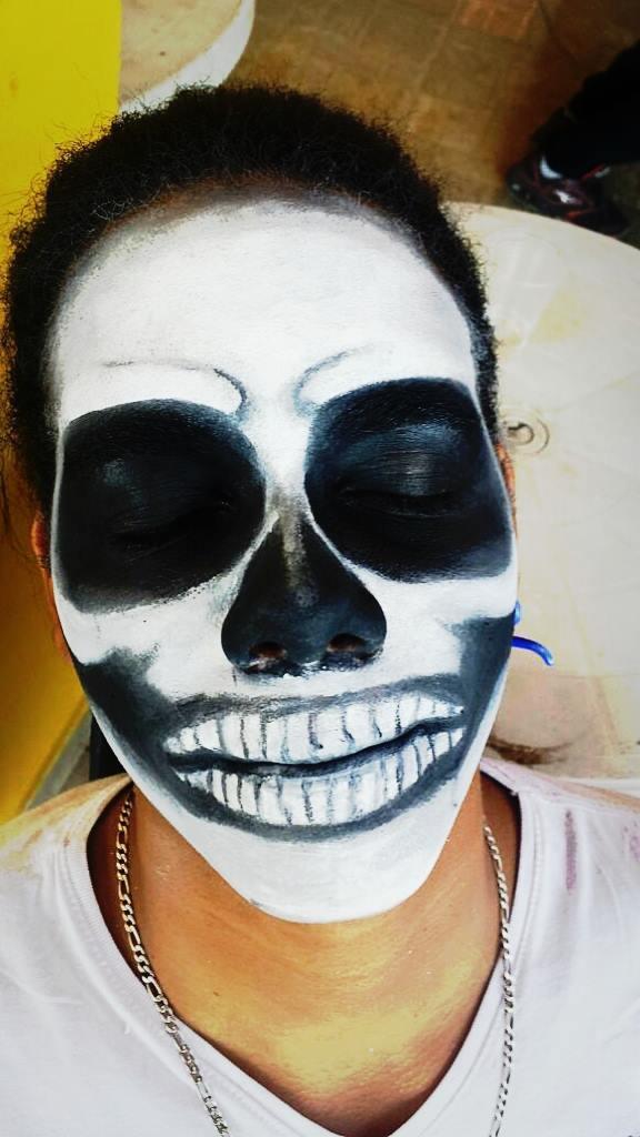 halloween, festa á fantasia, caveira maquiagem  maquiador(a) designer de sobrancelhas