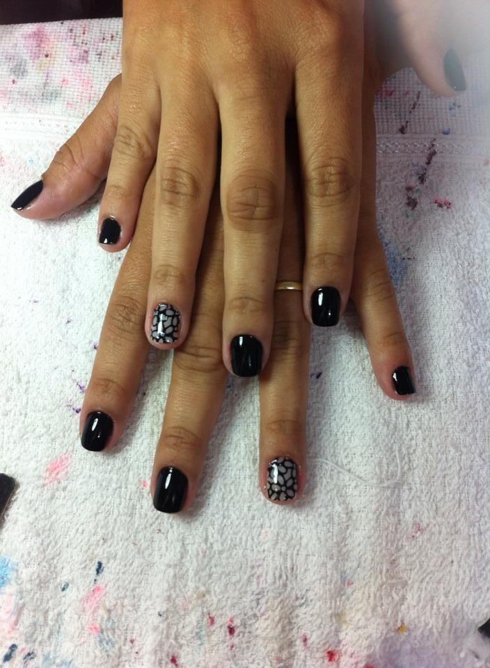 preto simples cremoso elegante unhas  manicure e pedicure