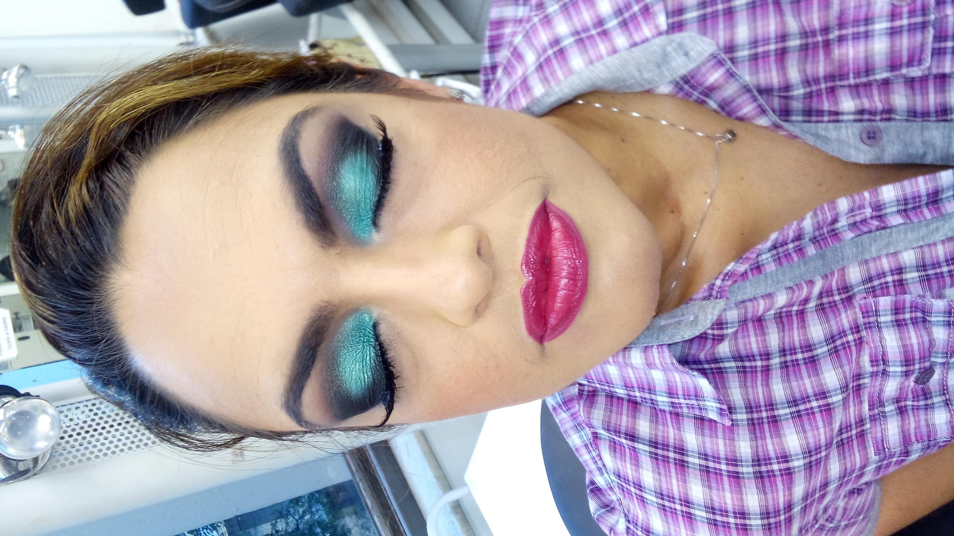 Maquiagem Noturna  carnaval maquiagem  maquiador(a) produtor(a)