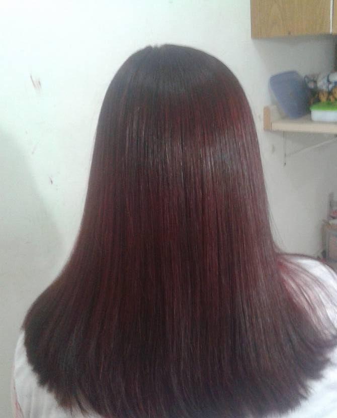 E ela ficou com vermelho sem descolorir sem agredir os fios  cabeleireiro(a) cabeleireiro(a)