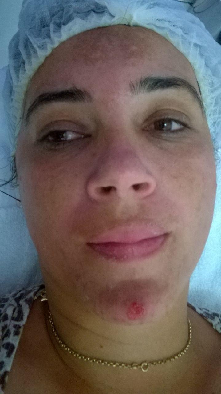 massoterapeuta esteticista depilador(a) designer de sobrancelhas