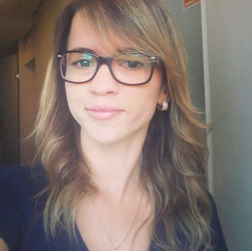 Claudia Ribeiro consultor(a) de estetica cosmetólogo(a) dermoconsultor(a) gerente comercial de vendas supervisor(a)