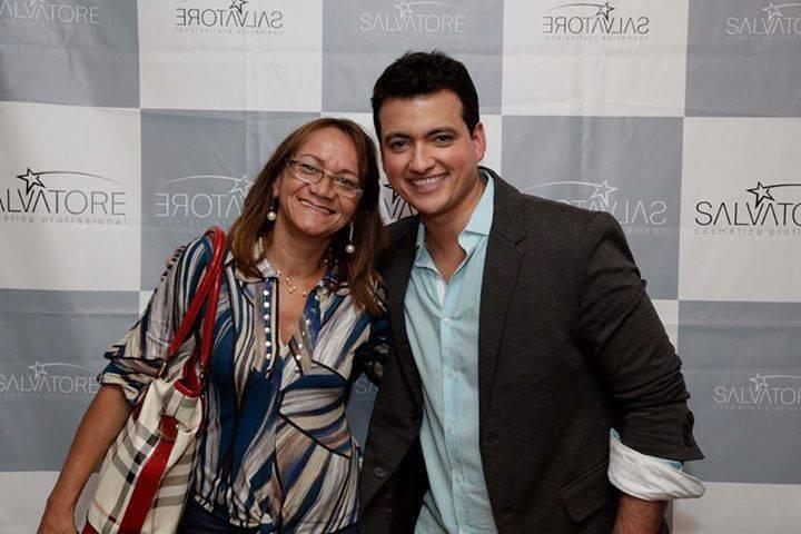 Eu com Rodrigo Cintra, no congresso em  São  paulo cabeleireiro(a) cabeleireiro(a)