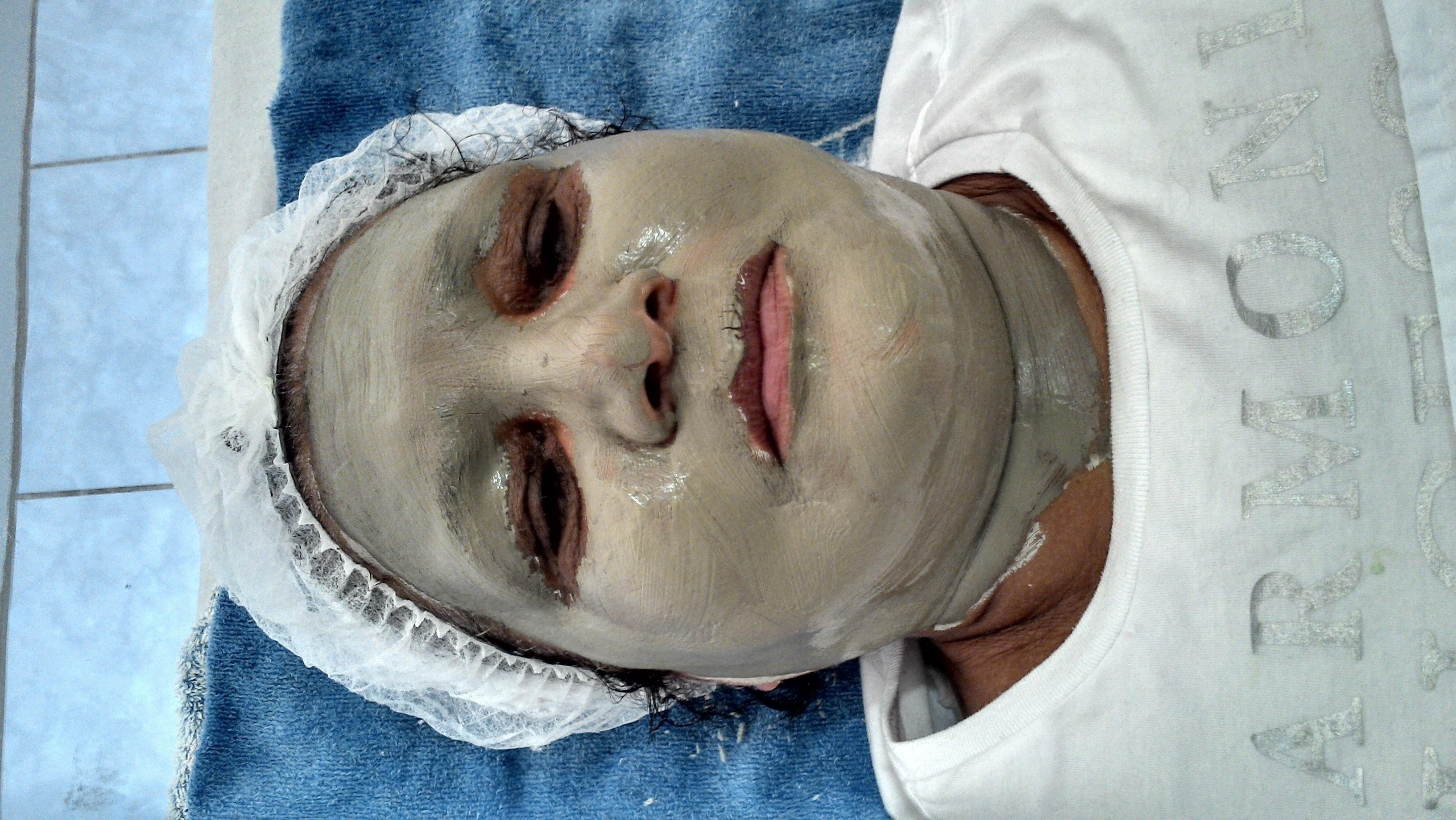 Tratamento anti idade esteticista depilador(a) designer de sobrancelhas docente / professor(a)
