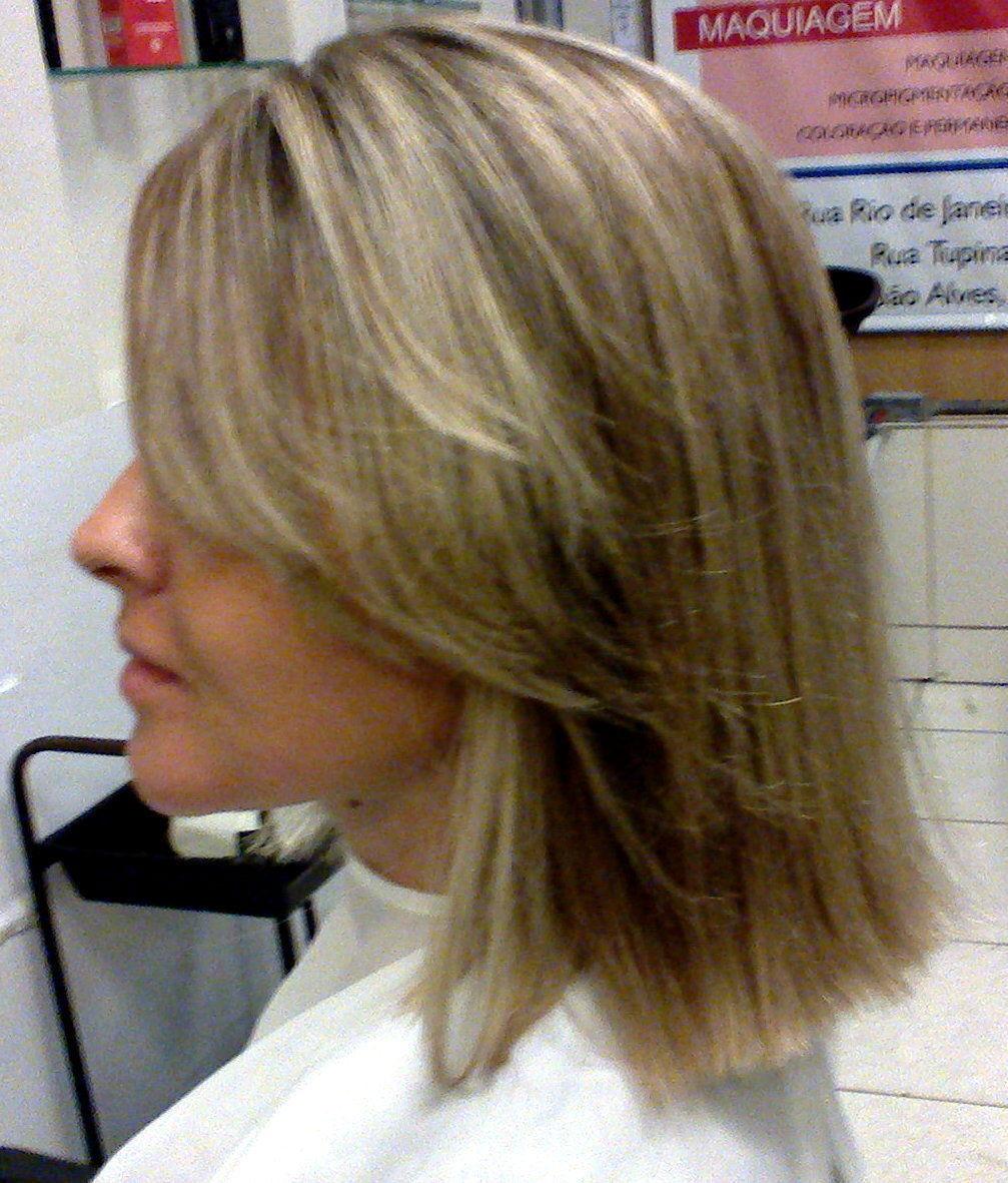 Luzes  Luzes feita na toca, loiro ultra claro  cabeleireiro(a) maquiador(a) consultor(a) em imagem