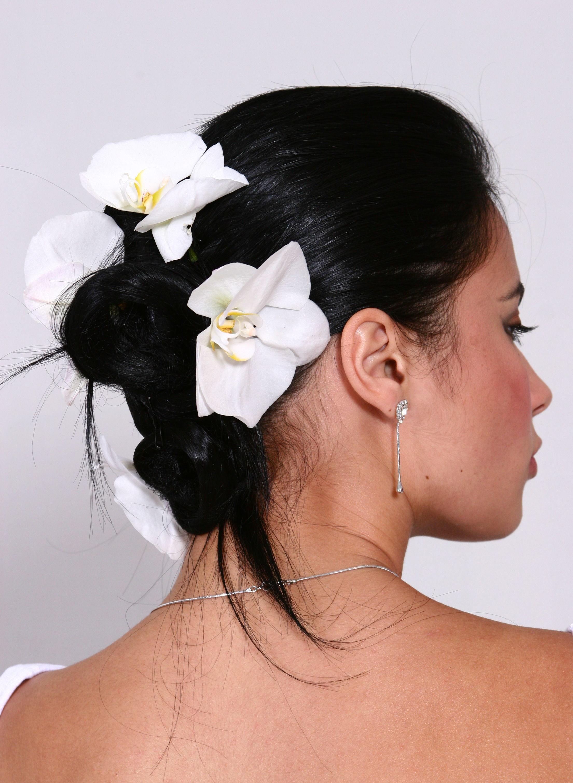 noiva, madrinha, casamento cabelo  cabeleireiro(a) docente / professor(a) maquiador(a) stylist /visagista