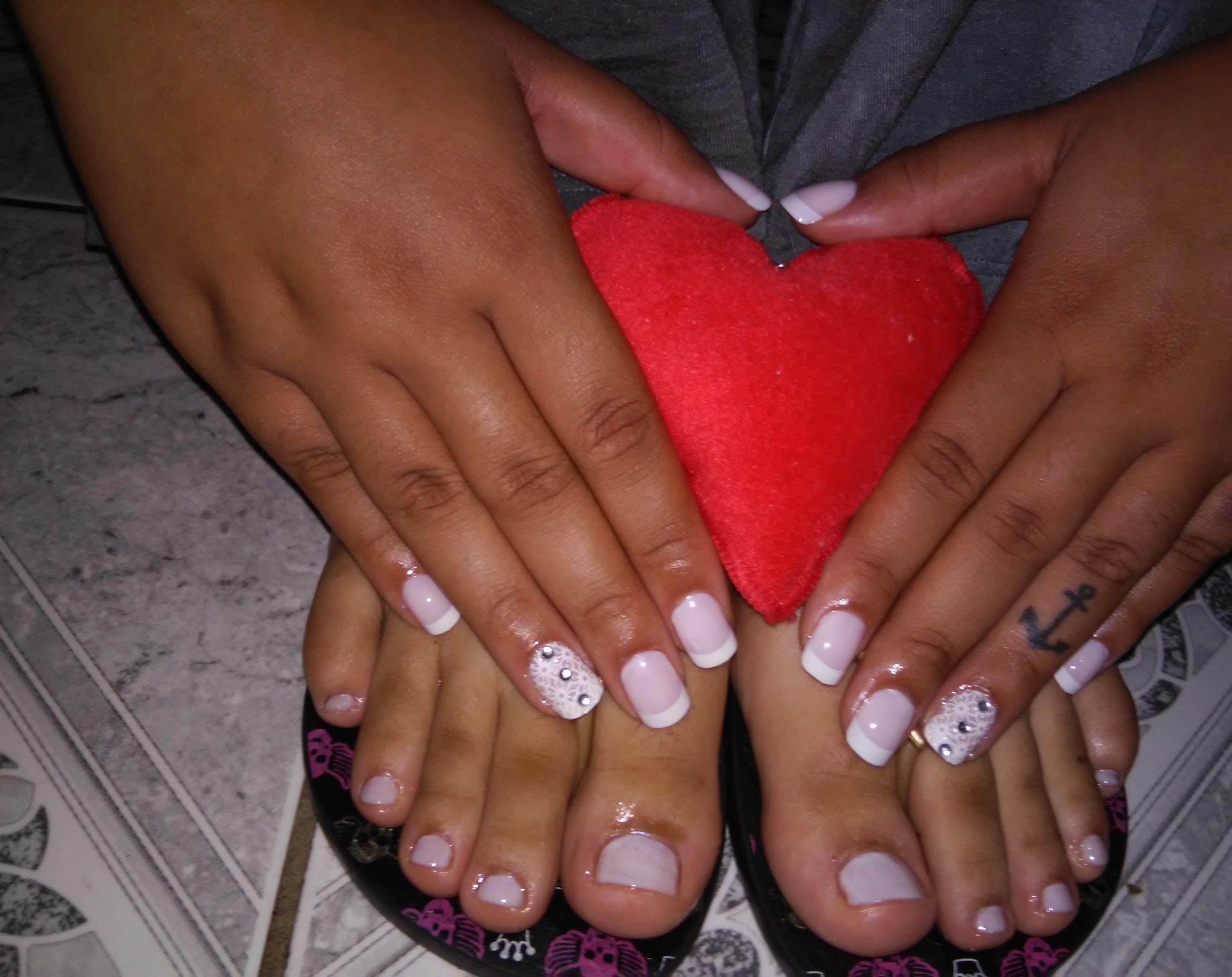 francesinha com pedrinhas, rosa delicado, dia-a-dia unhas  manicure e pedicure manicure e pedicure manicure e pedicure