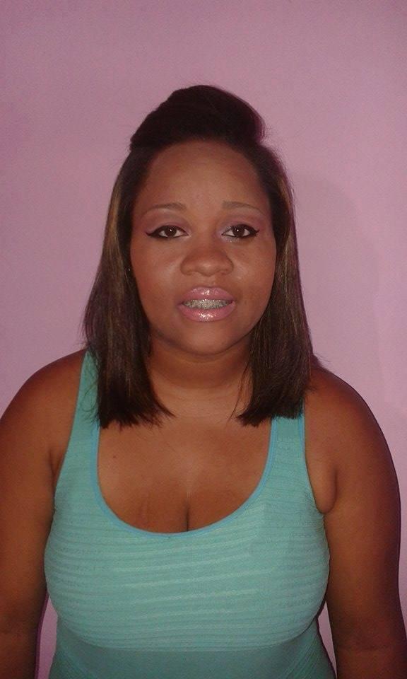 Minha cliente depois de cabelo feito com progressiva corte e maquiagem maquiador(a) auxiliar cabeleireiro(a)
