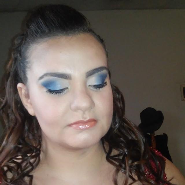 Make Madrinha madrinha, debutante, formatura maquiagem  maquiador(a)