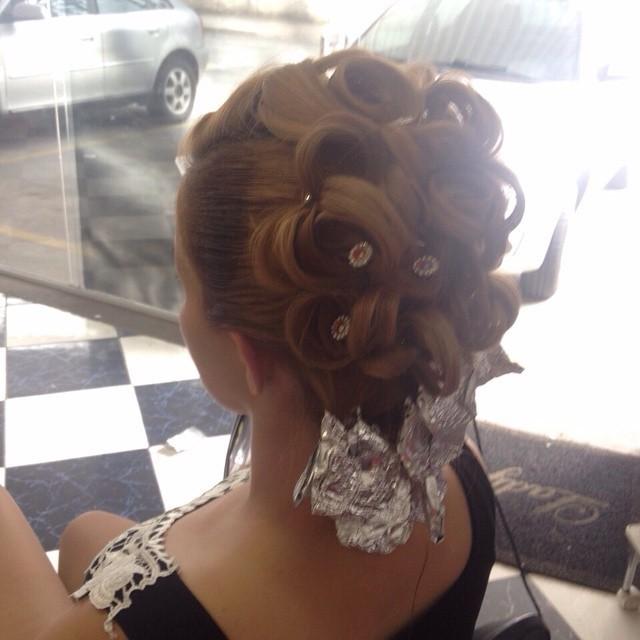 Trabalhos noiva, casamento, noivinha, madrinha, penteado cabelo  cabeleireiro(a) cabeleireiro(a)