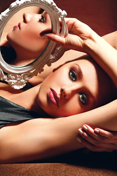 Revista Plastica e blz maquiagem maquiador(a) cabeleireiro(a)
