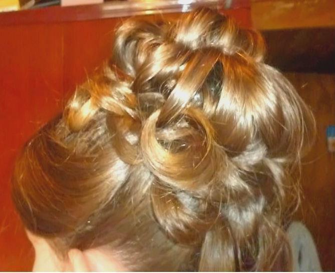 penteado Coque grego auxiliar cabeleireiro(a)