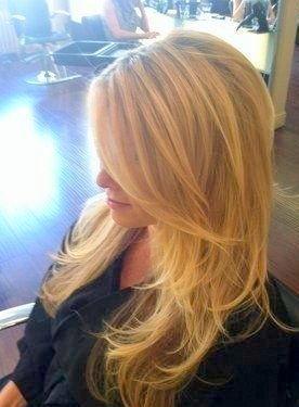 reflexos em cabelos louros este reflexo e para realçar o tom  louro natural da cliente,com muito cuidado para não deixar o cabelo parecendo um louro tingido reflexo, escova, dia-a-dia cabelo  cabeleireiro(a) docente / professor(a) maquiador(a) stylist /visagista