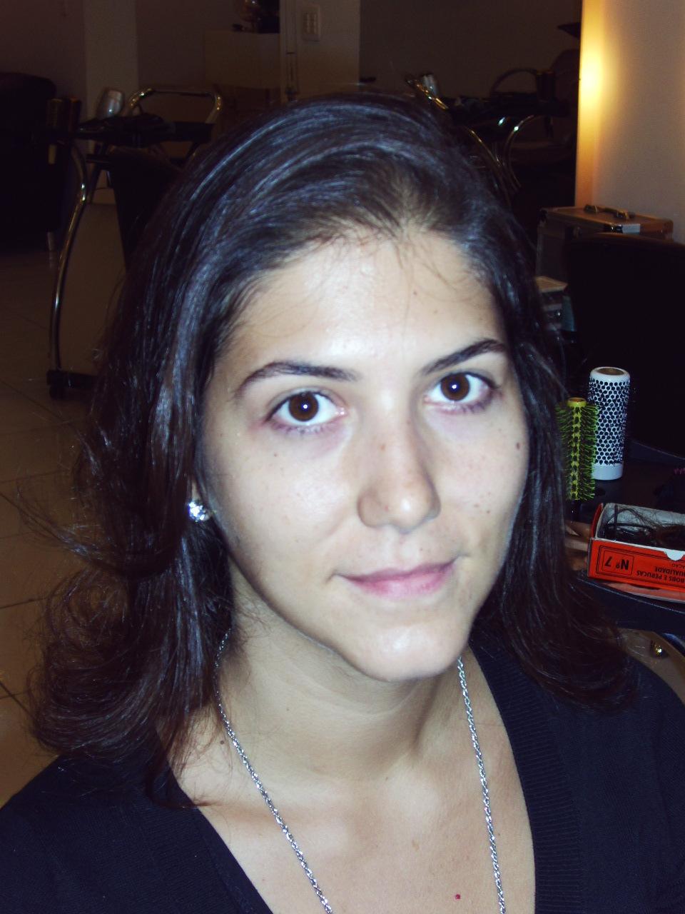 foto de entrevista para o dia da noiva  natural de rosto limpo sem maquilagem já era uma vela jovem material de estudo para o teste de maquilagem cabeleireiro(a) docente / professor(a) maquiador(a) stylist /visagista