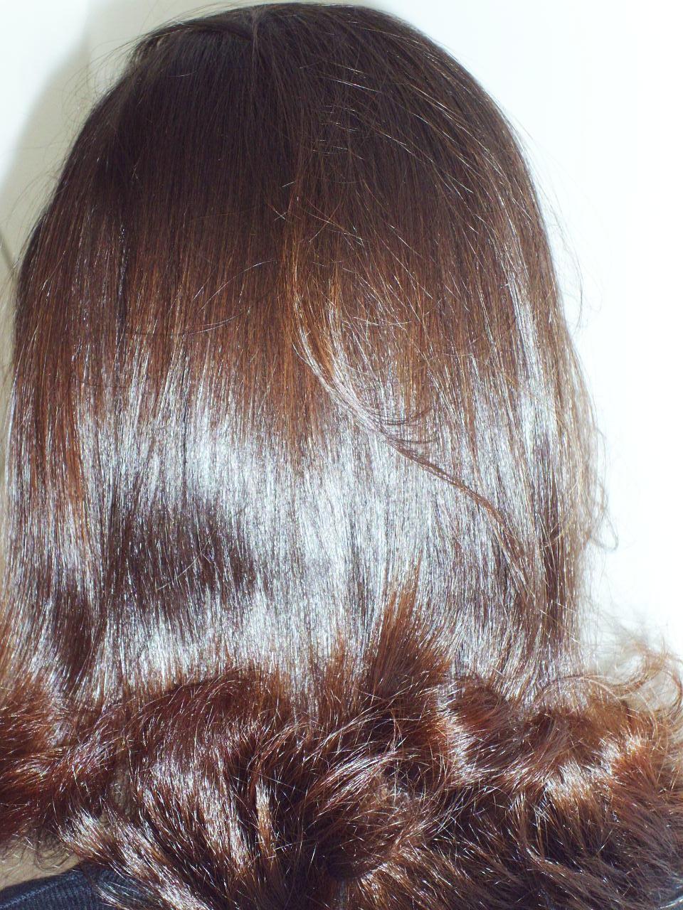 para realçar o cabelo foi sugerido  uma balaiagen nos cabelos e foi realizado o serviço para realçar o penteado preso e produzir volume, pois ela tinha cabelo muito fino. cabeleireiro(a) docente / professor(a) maquiador(a) stylist /visagista