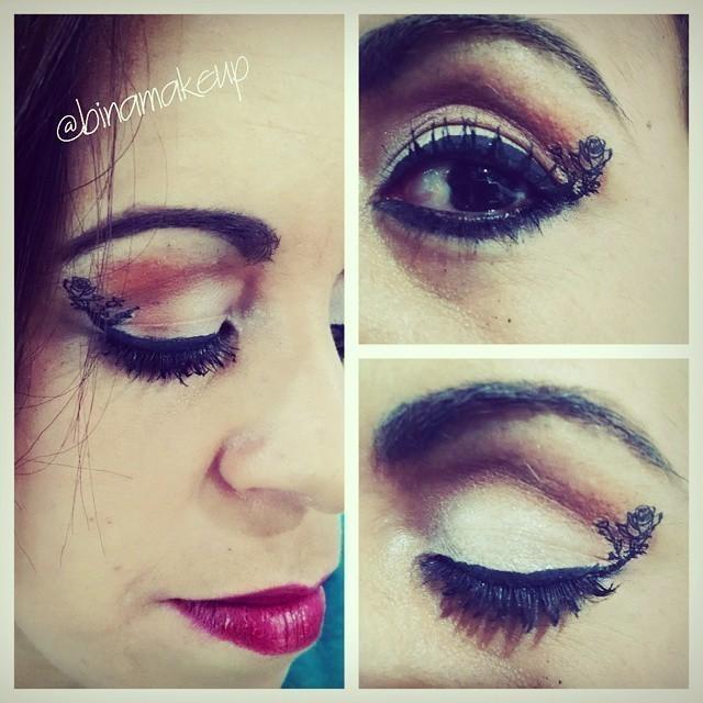 Olhos marcados. maquiador(a)