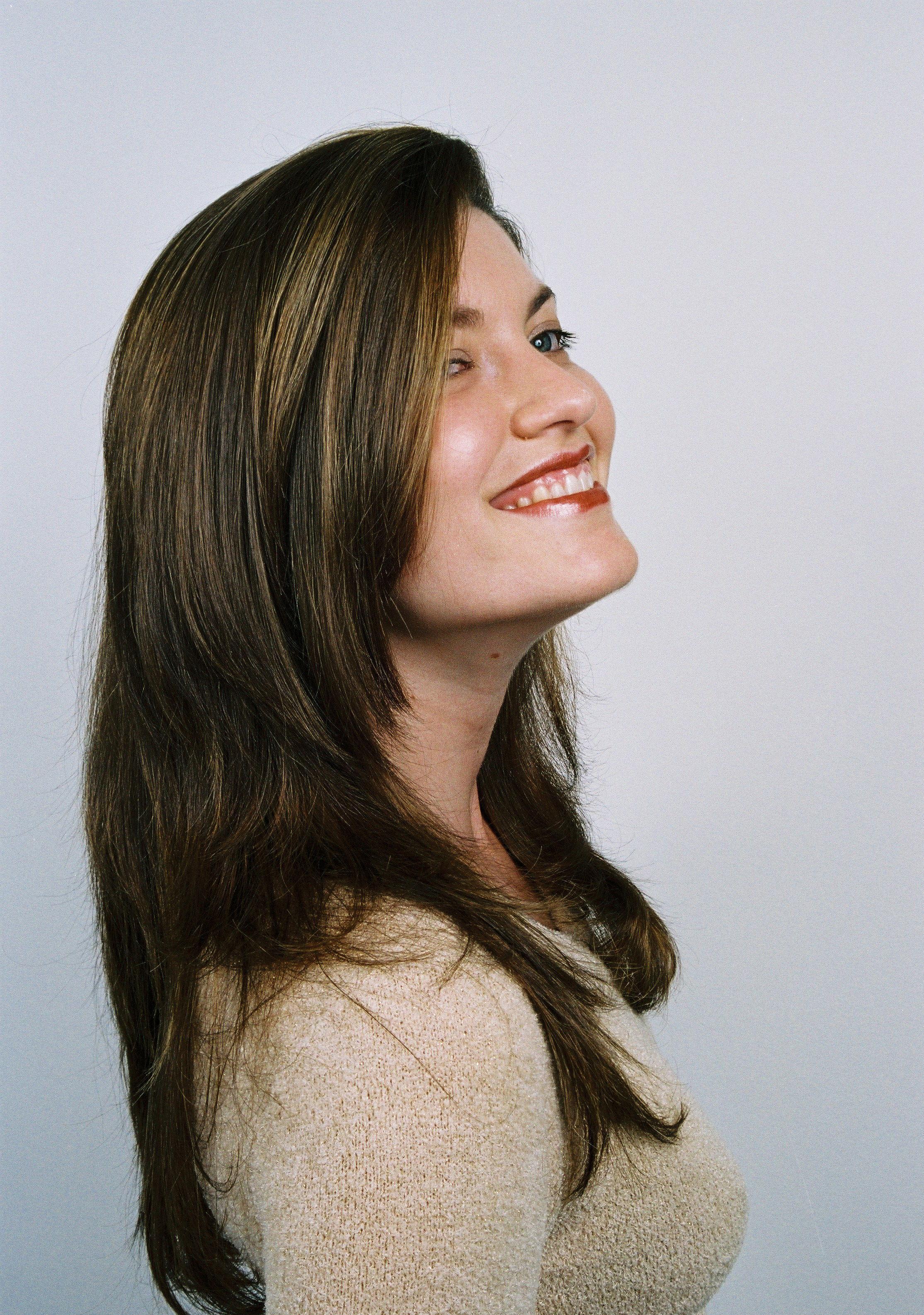 Bianca Campos  cabeleireiro(a) docente / professor(a) maquiador(a) stylist /visagista