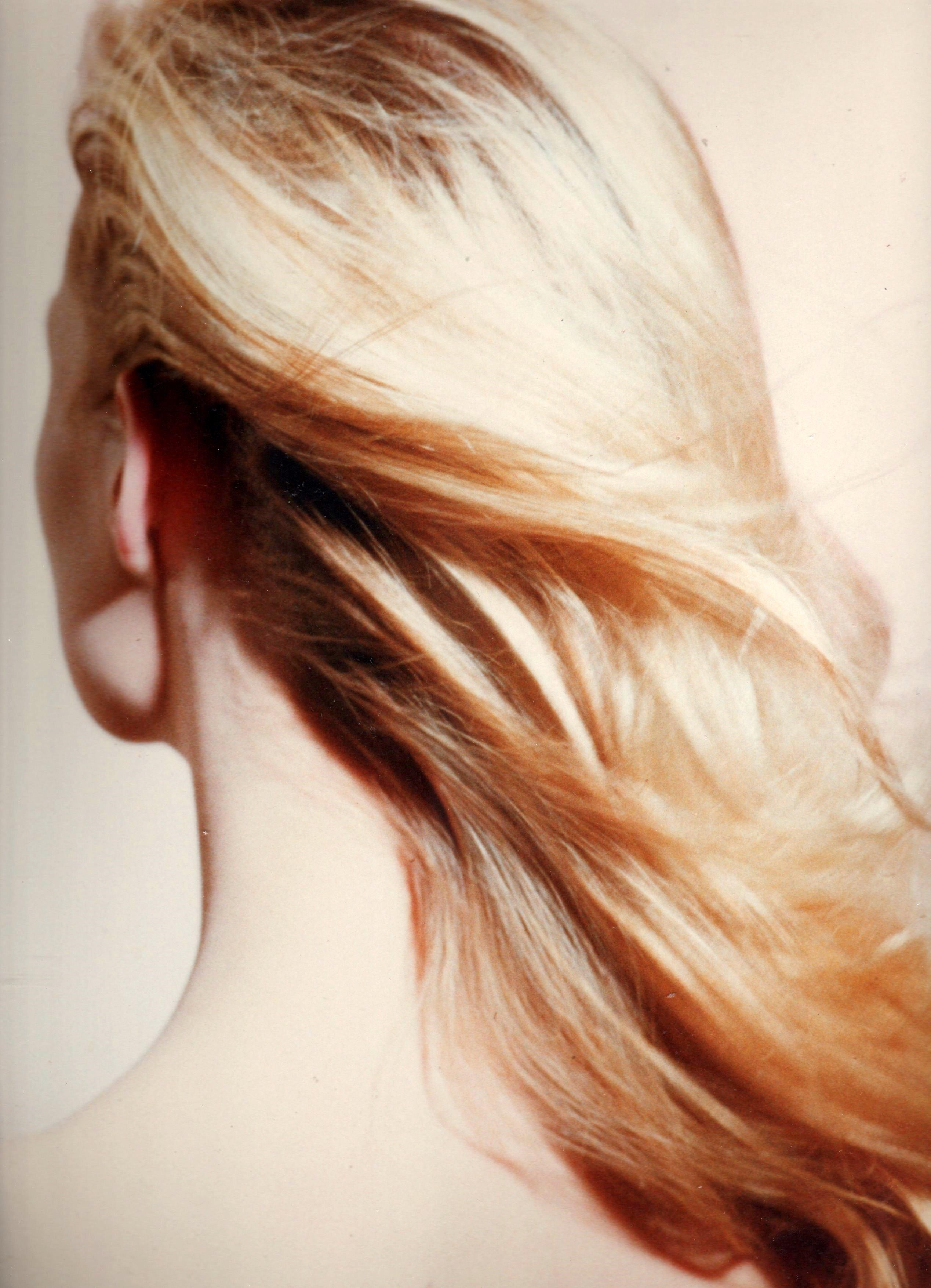 este cabelo de costas  e continuação da foto anterior cabeleireiro(a) docente / professor(a) maquiador(a) stylist /visagista