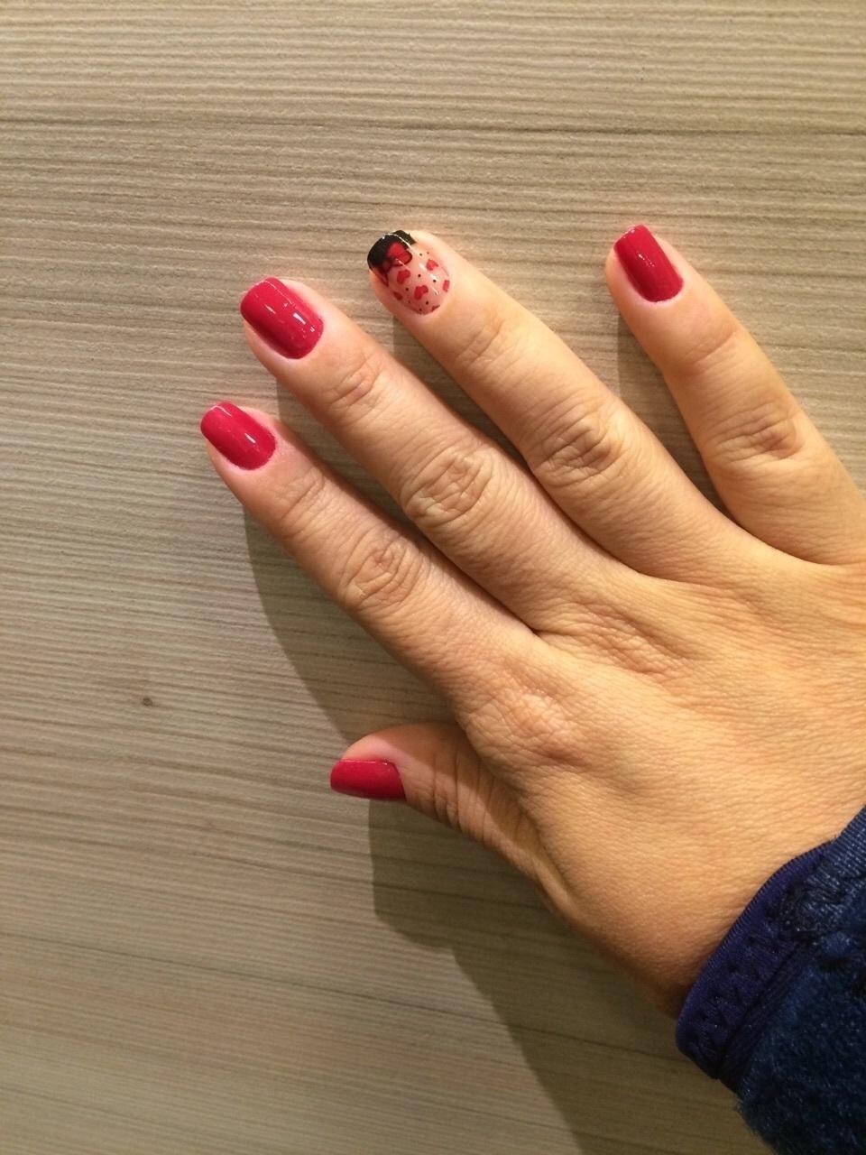 Unhas  manicure e pedicure
